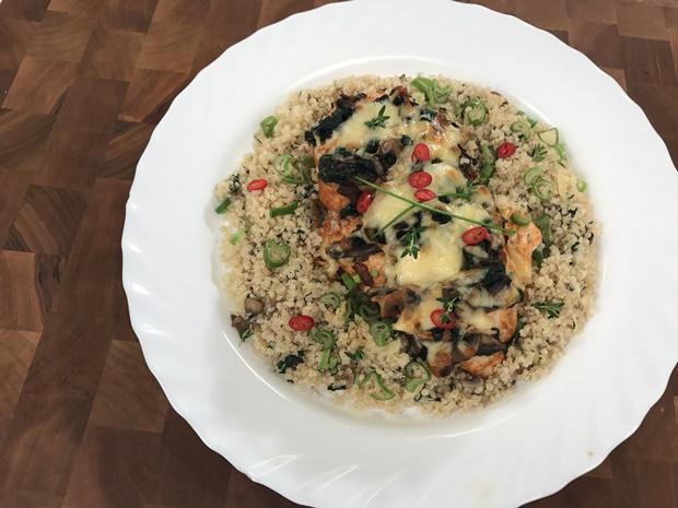 gomba quinoával és spenóttal