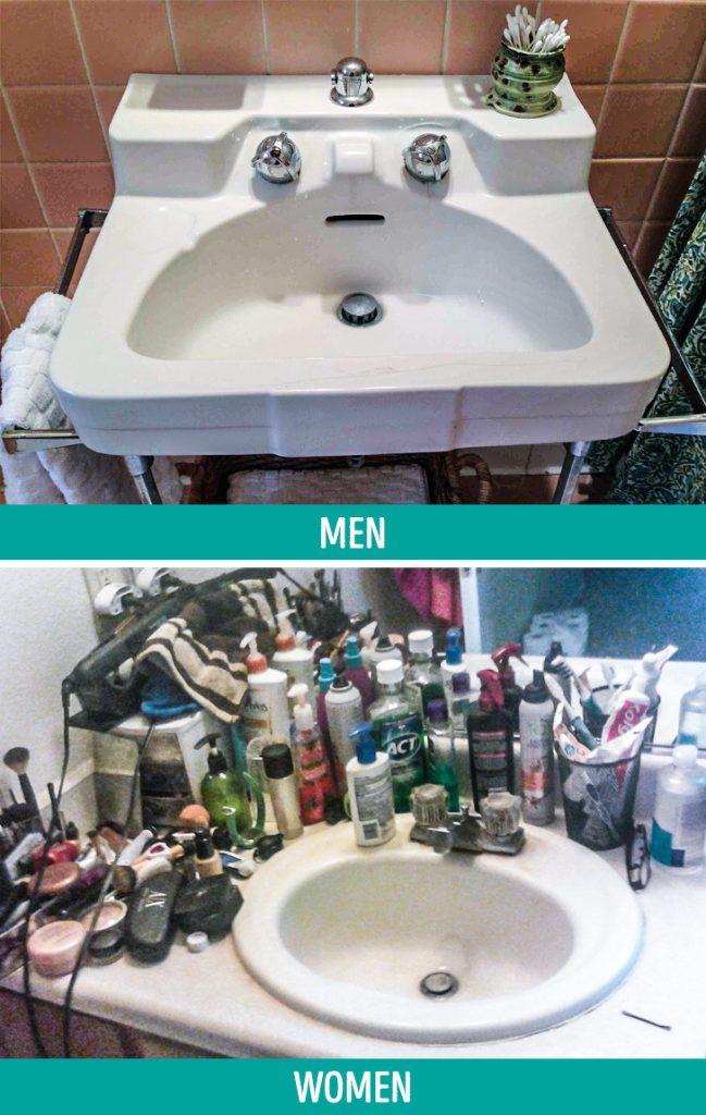 férfiak a fürdőszobában)